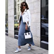 С чем носить белые кеды или кроссовки